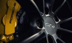 "Porsche Cayman GT4 the new generation will remain with the ""aspirated"""