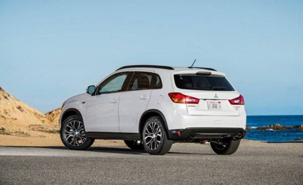 Mitsubishi ASX recalled because of a leaking windshield