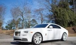 RoadShow International introduced the special version of the Rolls-Royce Wraith