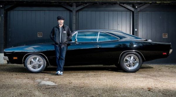 Dodge Charger Bruce Willis sold at auction