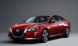 New Nissan Teana: the change of image and motor with a variable compression ratio