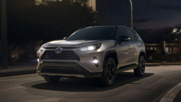 Toyota RAV4 became more solid after the change of generations
