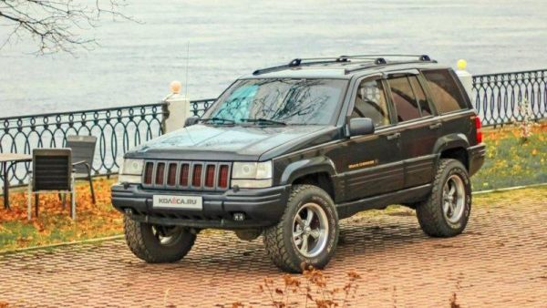 The experience of owning a Jeep Grand Cherokee ZJ