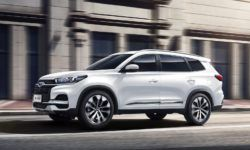 New flagship: Chery launches Tiggo seven-seater cross 8