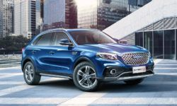 "The sub-brand Zotye launches a cross design ""under Mercedes"""
