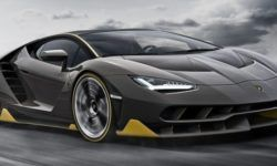 Lamborghini forced to recall cars because of a sticker