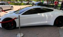 The latest electric cars Tesla first showed to the public