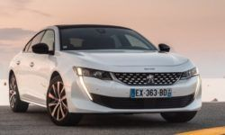 Peugeot 508 will be all-wheel drive hybrid