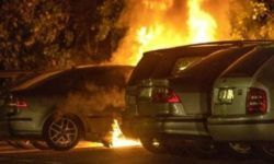 In Sweden, a night burned more than 100 cars