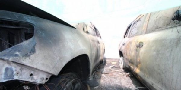 Men's tears: hundreds of brand new Maserati burned to ashes in the Parking lot