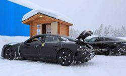 Photospin managed to remove the electric Porsche Taycan almost without camouflage