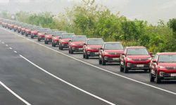 The world's largest unmanned car parade was held in China