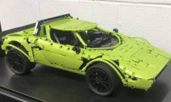 Lancia Stratos from a set of Lego Technic Porsche 911 GT3 RS