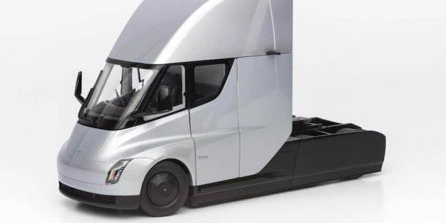 Tesla is releasing a cast version of their electric truck Semi for $250