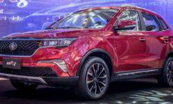 FAW is going to bring to market its new crossover Senia R8