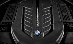 BMW will continue to produce cars with V12 engine