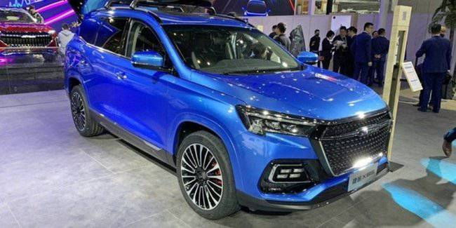 The Chery sub-brand expands: Jetour X95 with the interior under Mercedes and Jetour X on the new platform