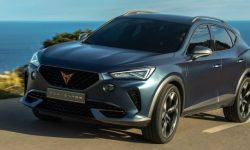 Cupra displays the Formentor SUV on real roads