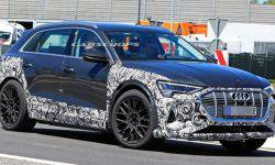"""Journalists for the first time captured a prototype of the """"charged"""" Audi E-Tron's"""