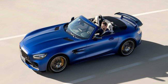 Announced prices for the new Mercedes-AMG GT Roadster R