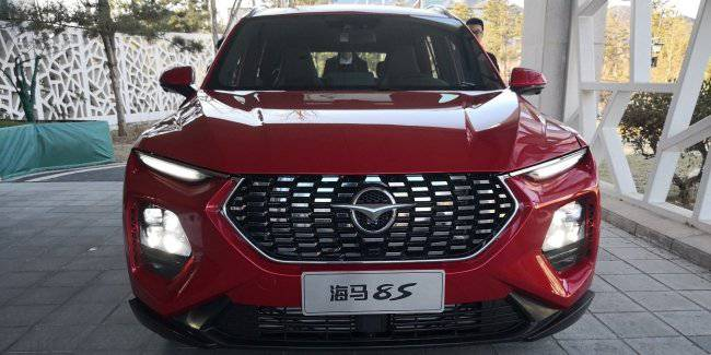 """Chinese"" Santa Fe: the start of sales of the new SUV Haima 8S"