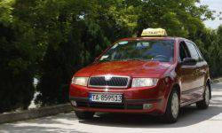 The taxi driver dashed off to Skoda Fabia 2003 1 000 000 km