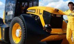 JCB has set the new speed record for tractors