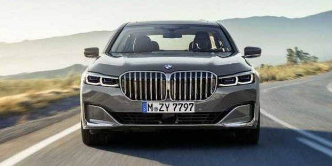 BMW came to the defense of the grille design of the new 7 Series