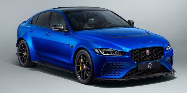 Jaguar has introduced a powerful sedan SV XE Project 8 Touring
