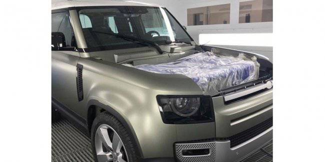 New Land Rover Defender declassified spy photos
