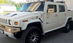 Unique six-wheeled Hummer sell for the price of a new Prado