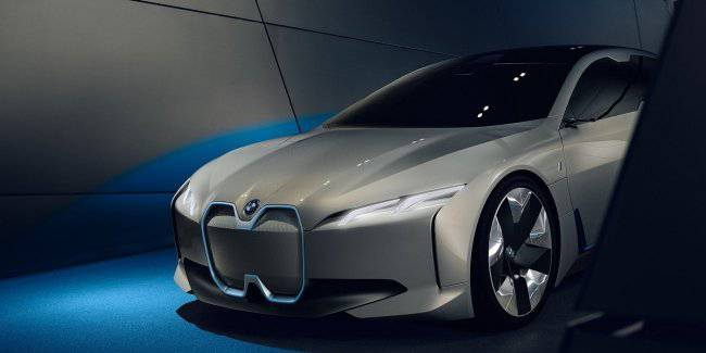 The new BMW i4 will be a real threat to Tesla Model 3