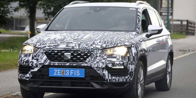 Updated SEAT Ateca seen on the tests