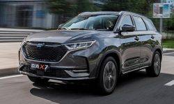 """The """"premium"""" crossover Changan: three settings, the size Kodiaq, but only five seats"""