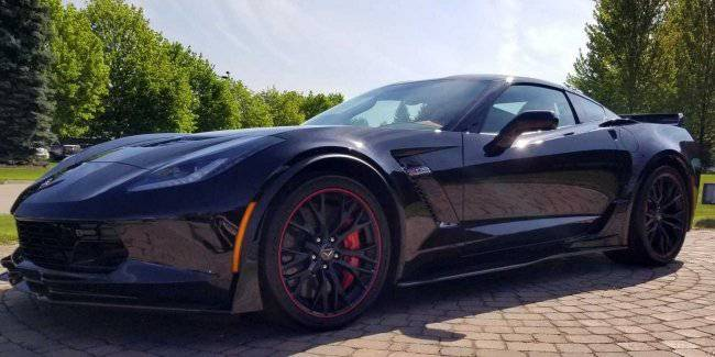 Luxury car Corvette was sold at an American auction for $ 2.7 million