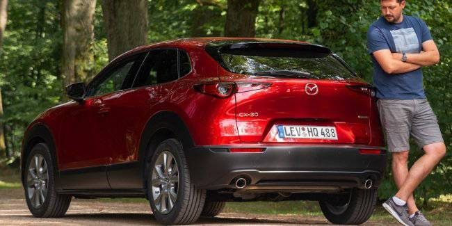 First test drive of Mazda CX-30 2020