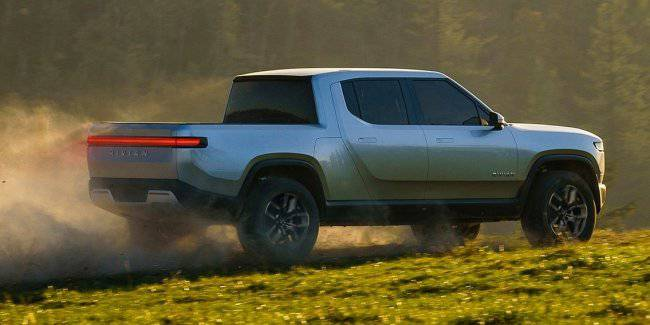 """Electrical pickup from Rivian will receive a """"tank mode"""""""