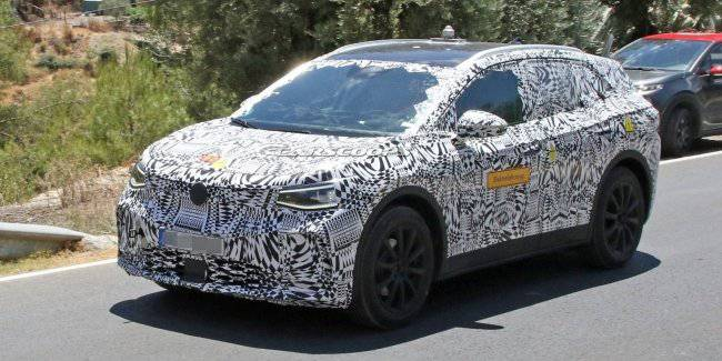 Volkswagen brought to the test ID Crozz electric car in serial body