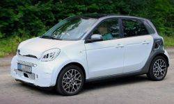 New electric car smart forfour spotted on tests in Germany
