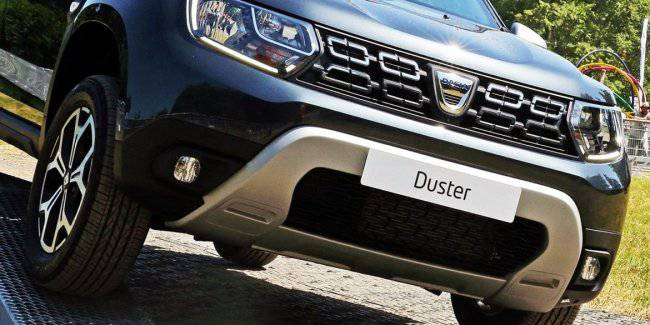 Renault will release a limited edition Duster Black Collector