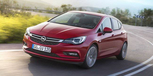 """The most effective Astra"" Opel has updated the popular model"