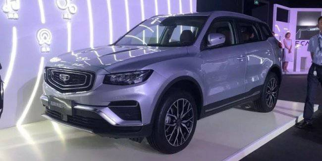 Geely Atlas Pro: new range of engines and new design