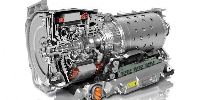 The FCA group will receive a new 8-speed transmission from ZF