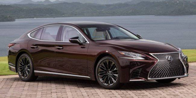 "The Lexus LS appeared ""collectible"" version"