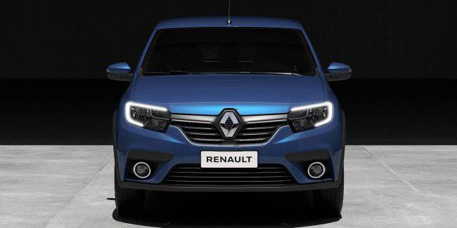 Renault has published the first photos of survivors restyled Sandero