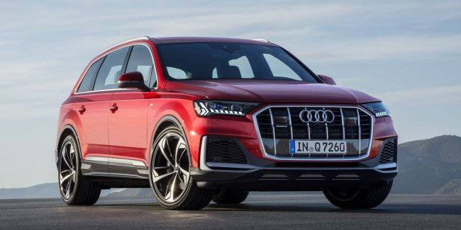 A mild hybrid powertrain will be standard on the new Audi Q7
