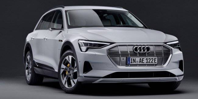 Electric car Audi e-tron will be available