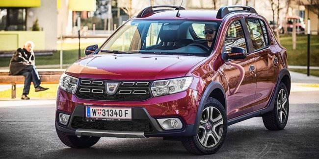 In July, the Dacia Sandero for the first time entered the three European bestsellers