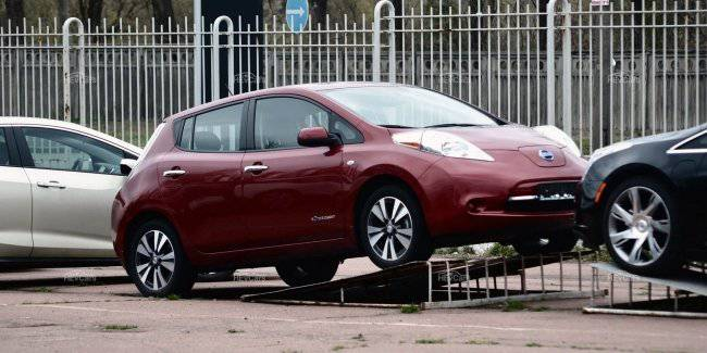 What you should know about corrosion of the connecting plates of the battery of the Nissan Leaf