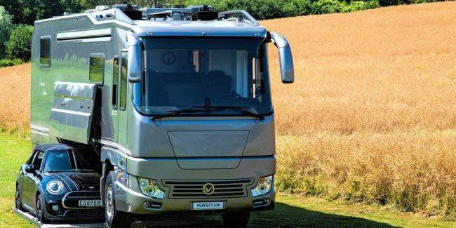 House on wheels on the basis of the Volvo with a built-in garage estimated 1.5 million euros